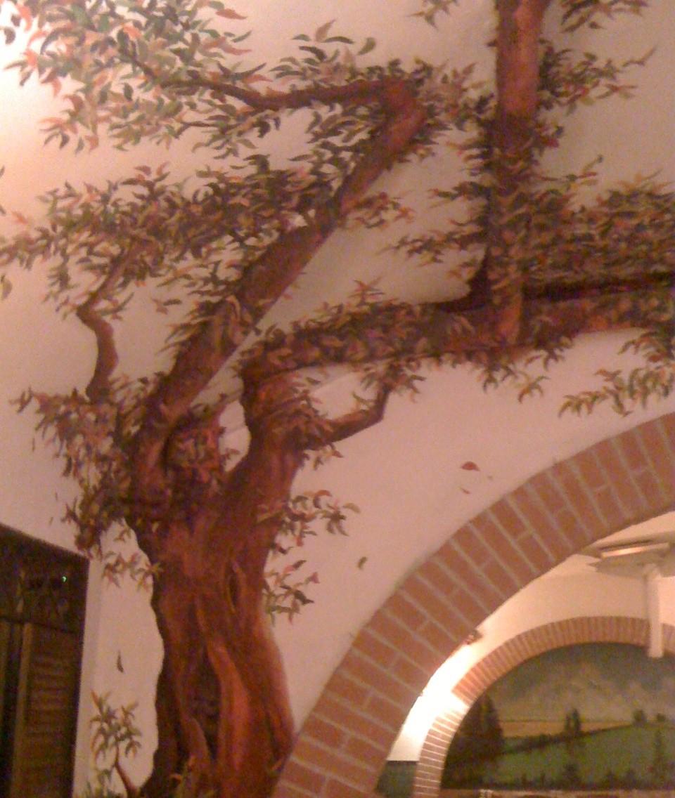 I tubi nel ristorante diventano rami di albero – EcoSpiragli di Anna Simone