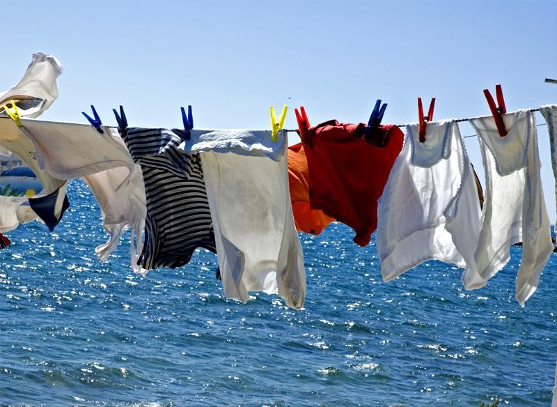 Disinfettante naturale panni stesi al sole ecospiragli - Asciugare panni in casa ...