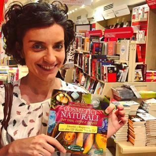 """Acquista il mio libro """"Cosmetici Naturali"""".  CosmeticiNaturali libro ecospiragli 11dbc0bc96aa"""