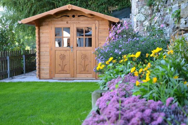 Ecospiragli di anna simone una finestra sull 39 ecologia e - Casetta in legno da giardino ...