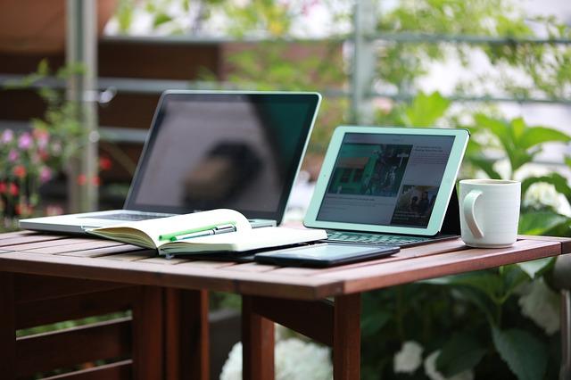 notebook-1757220_640